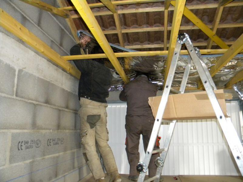 Isolation du toit du garage et peinture des volets page 3 for Isoler toit garage